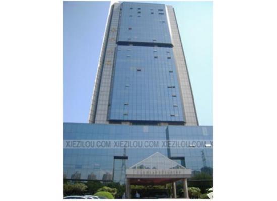 银桥大厦 200平租金3块 带基本装修 房型方正图片1