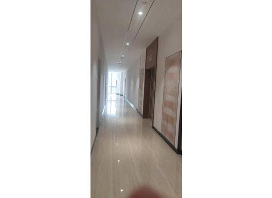 平湖华南城精装写字楼100平起大小分租图片5