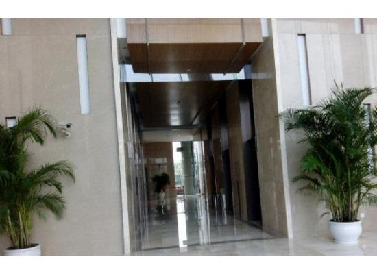 外高桥森兰美奂6号线附近中等装修办公室155.34图片2