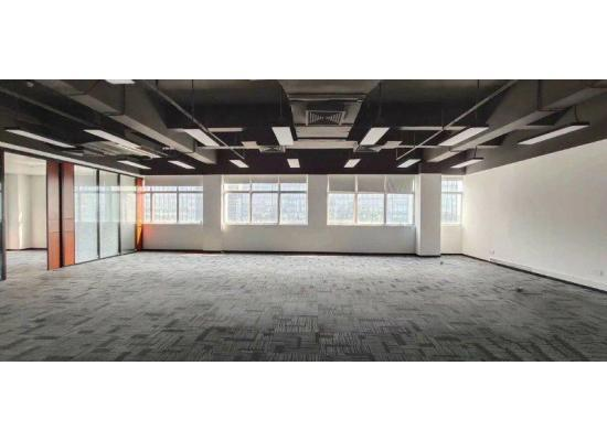 南山大学城地铁口精装修写字楼280平特价出租图片4