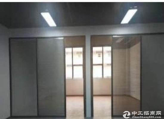 坪山高铁站三楼精装修带红本写字楼 750平方招租 大小分租可注册