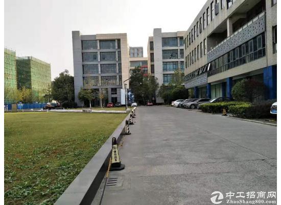 青浦工业园区新空出350平米,精装修,可做各类展厅,商店等