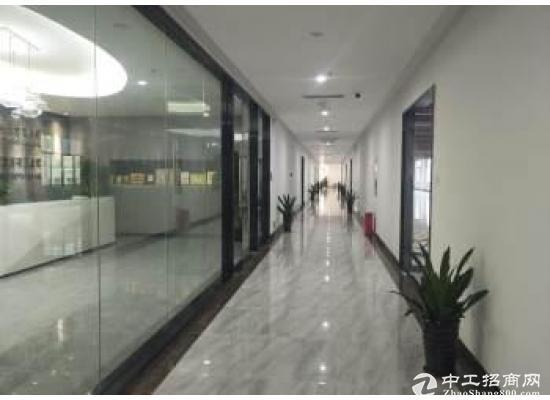 坪山精装修厂房整层3000平  大小分租  有公共区域带会议室观影室