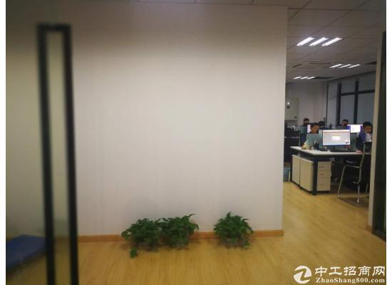 周浦万达广场写字楼租赁中心,可实地注册,精装全配,面积灵活