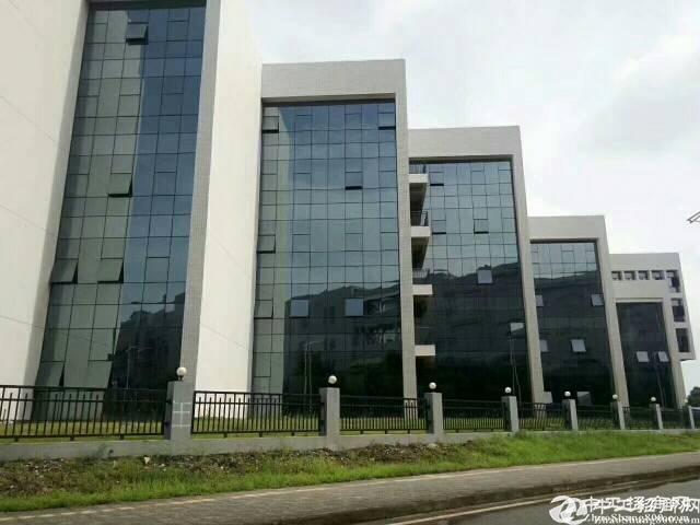 深圳市高新产业园高端大气厂房10600平方出售